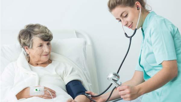 junior-doctor-and-elderly-patient
